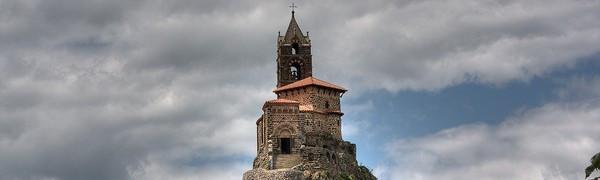 10 Fascynujących Świętych Miejsc z Całego Świata