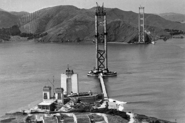 Zdjęcia z budowy Golden Gate w San Francisco
