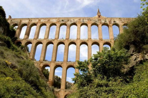 The 10 most impressive aqueducts