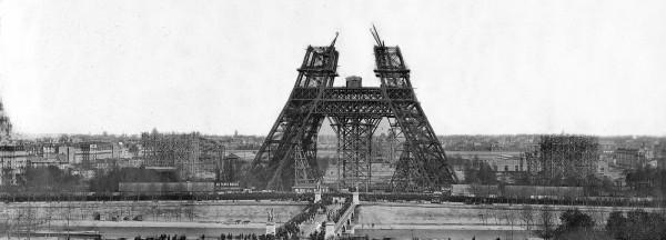 Wieżę Eiffla zbudowano 126 lat temu, zdjęcia z budowy symbolu Paryża
