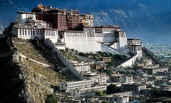 10 fascynujących zamków i pałaców