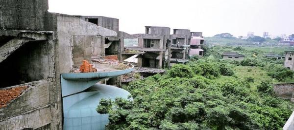 Opuszczone miejsca i budowle świata
