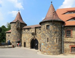 Zamek Czocha od Bazie