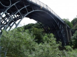 Iron Bridge od Elliott Brown