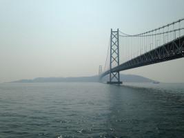 Akashi Kaikyo Bridge by そらみみ