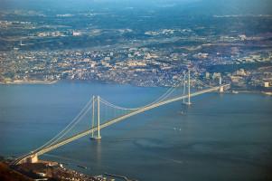 Akashi Kaikyo Bridge by Kim Rötzel