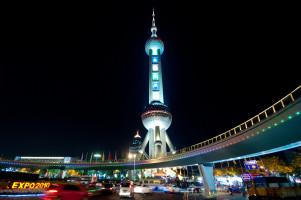 Oriental Pearl Tower od zdj. kanegen