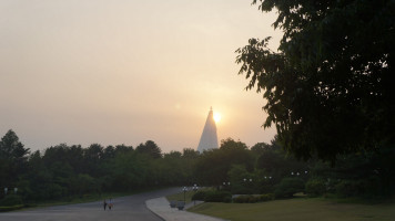 Ryugyong Hotel by Uri Tours