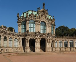 Zwinger by Kolossos